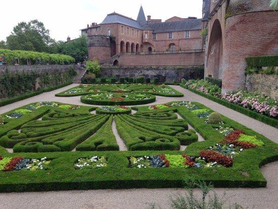 jardin palais de la Berbie Albi